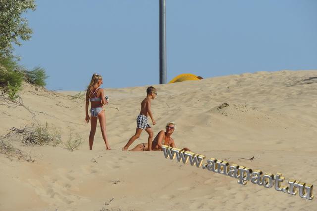 Пляж Витязево песчаные барханы