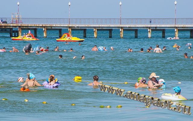 Витязево море начало августа